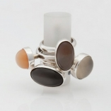 Silver rings, set with moonstones